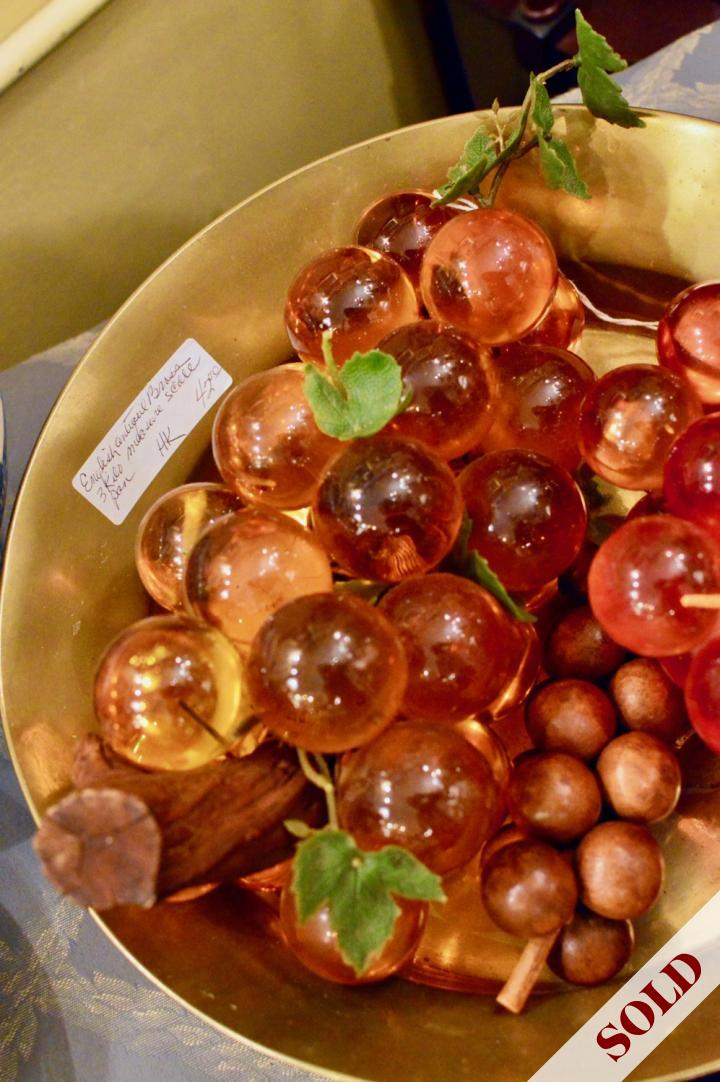 Vintage lucite 1950's amber grapes - large size