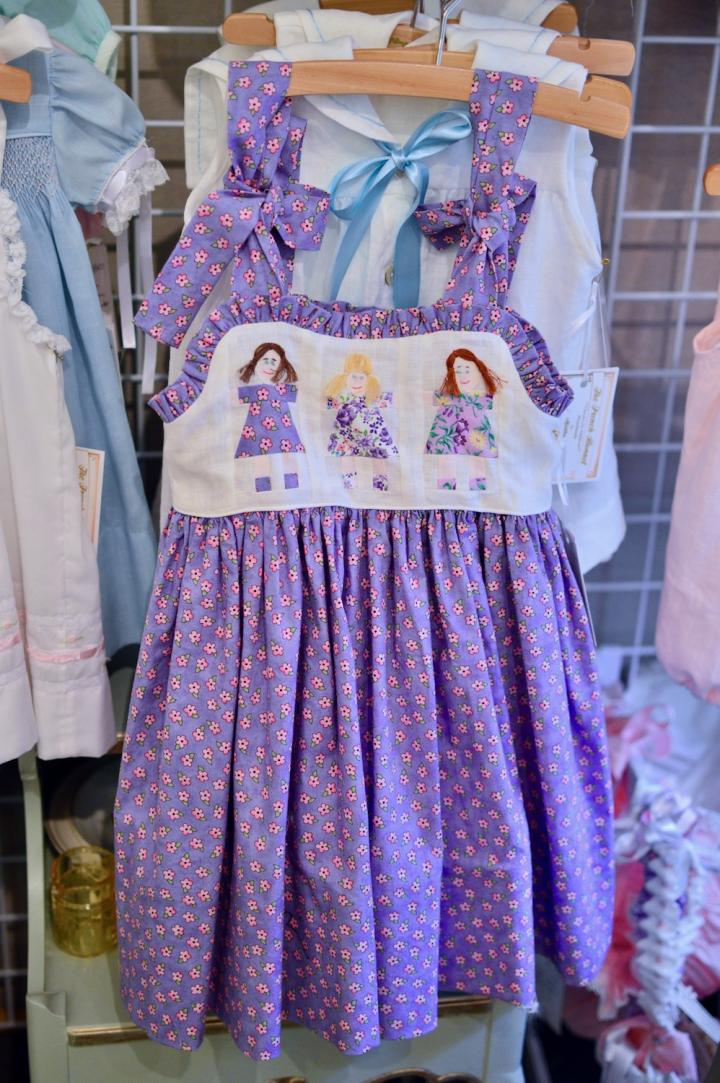 Lavender printed paper doll dress w/ bows on shoulders