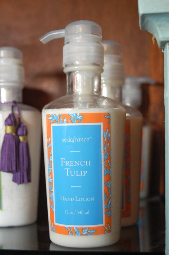 French Tulip Hand Lotion 12 oz.