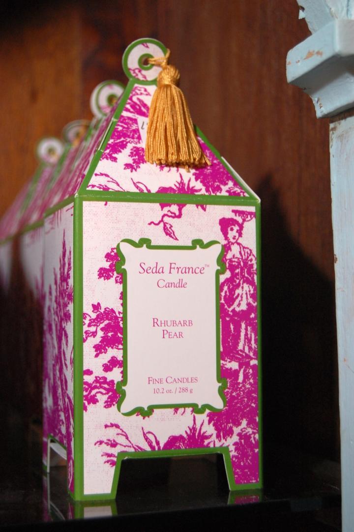 Seda France Candle Rhubarb Pear 10.2 oz.