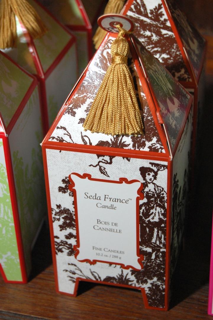 Seda France Candle Bois De Cannelle 10.2 oz.