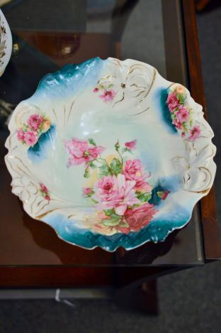 Serving bowl - hand-painted roses and gold