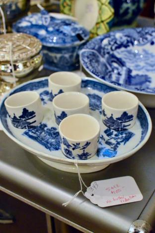 19th C blue & white egg cup stand