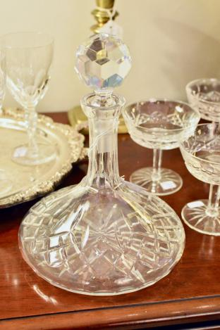 Rogaska Gallia ships crystal decanter