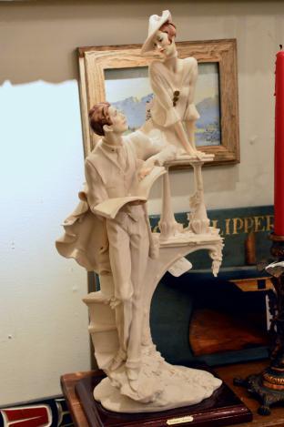 Giuseppe Armani lady & man figurine