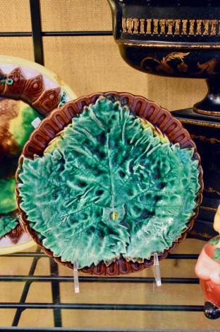 Majolica plate w/ leaf