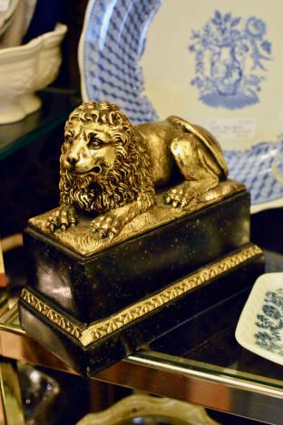 Borghese lion bookend