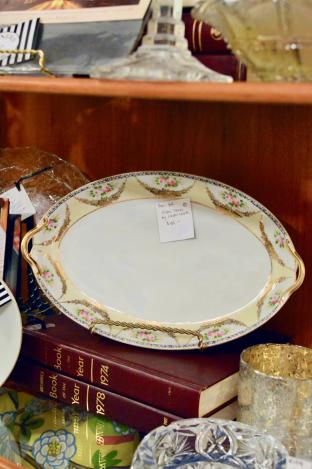 Oval tray by Noritake