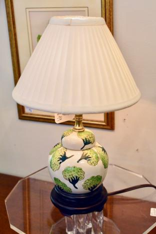 Green & white asian lamp