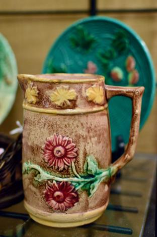 Majolica pitcher w/ pink flowers