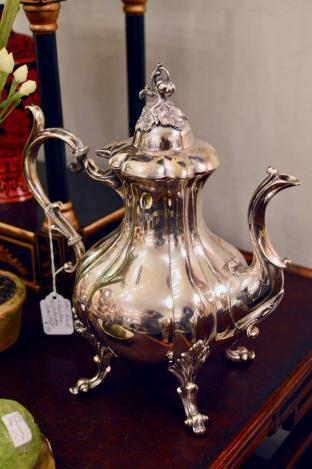 Reed & Barton Winthrop tea pot