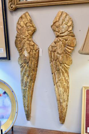 Vintage pair of carved Italian gold angel wings