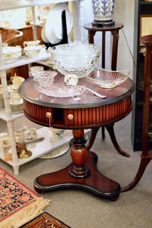Bombay round table