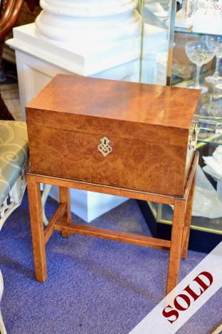 Southampton box on stand
