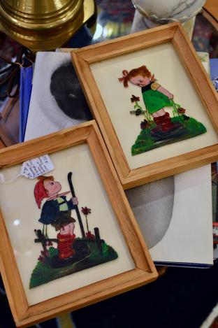 Charming pair of vintage 1950s reverse paintings on glass