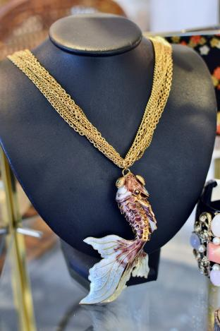 Large fish necklace