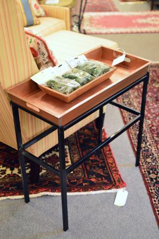 Smith & Hawken tray table