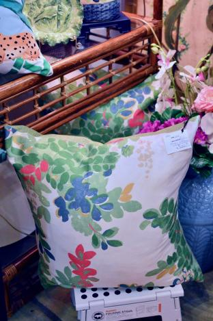 Pair of leafy pillows
