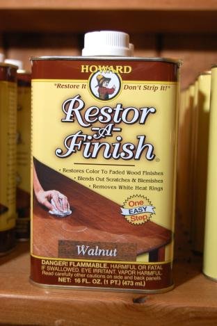 Howard Restor-A-Finish - Walnut 16 fl oz