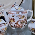 """Mason's """"Manchu"""" multi-color brown teapot w/ lid"""