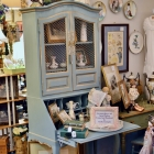 Vintage Thomasville French country secretary & chair